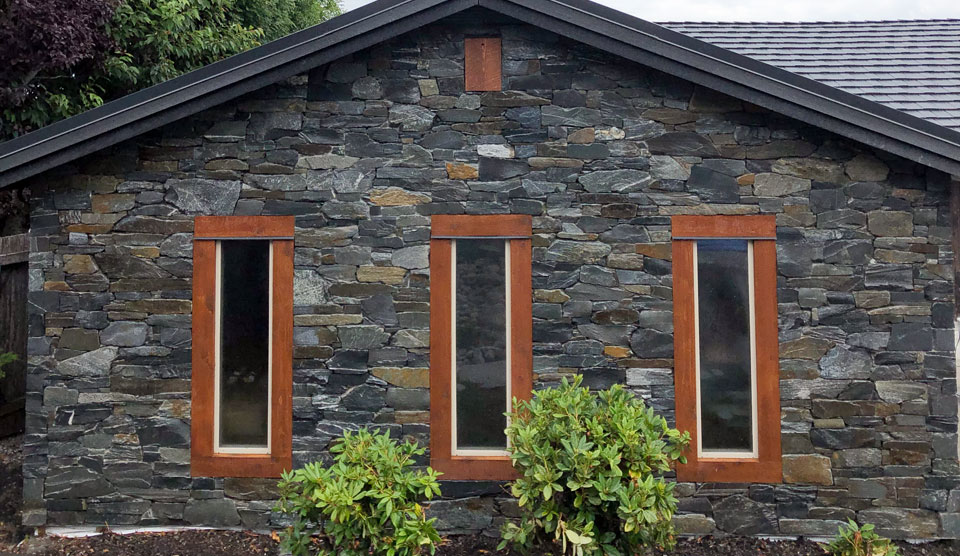 Natural Stone Exterior by A Stone's Throw Masonry In Nanaimo